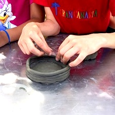 costruzione bambino argilla